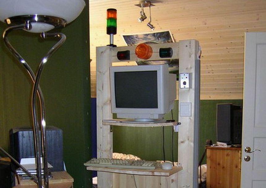 Wooden 2-post open rack frame
