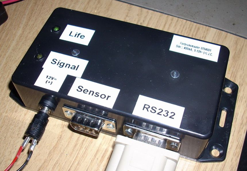 Home power consumption measuring unit, with AVR