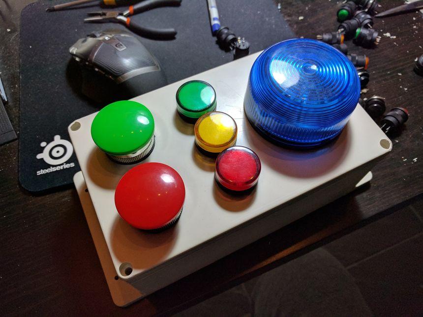 Kids alarm module, Raspberry Pi Zero, and MQTT