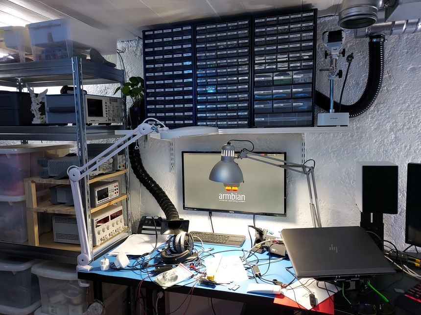 Electronics lab equipment